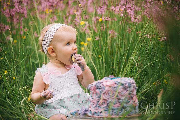 Besonderes Fotoshooting zum ersten Geburtstag mit Babyfotograf in Bamberg