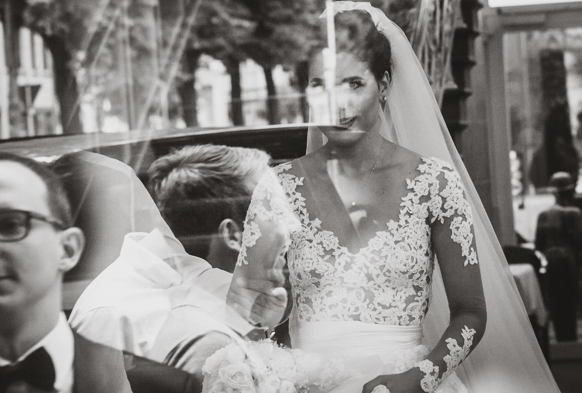 Hochzeitsfotograf für Hochzeitsreportage in nürnberg, würzburg und Bamberg - first look bei hochzeit