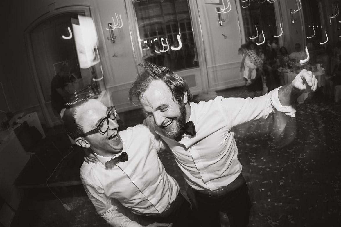 Hochzeitsfotograf - Momentaufnahmen bei der Hochzeitsparty