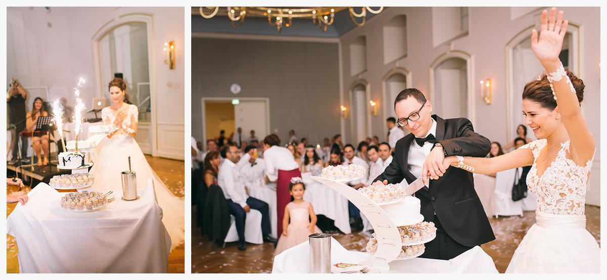 Fotografie bei Anschnitt der Hochzeitstorte