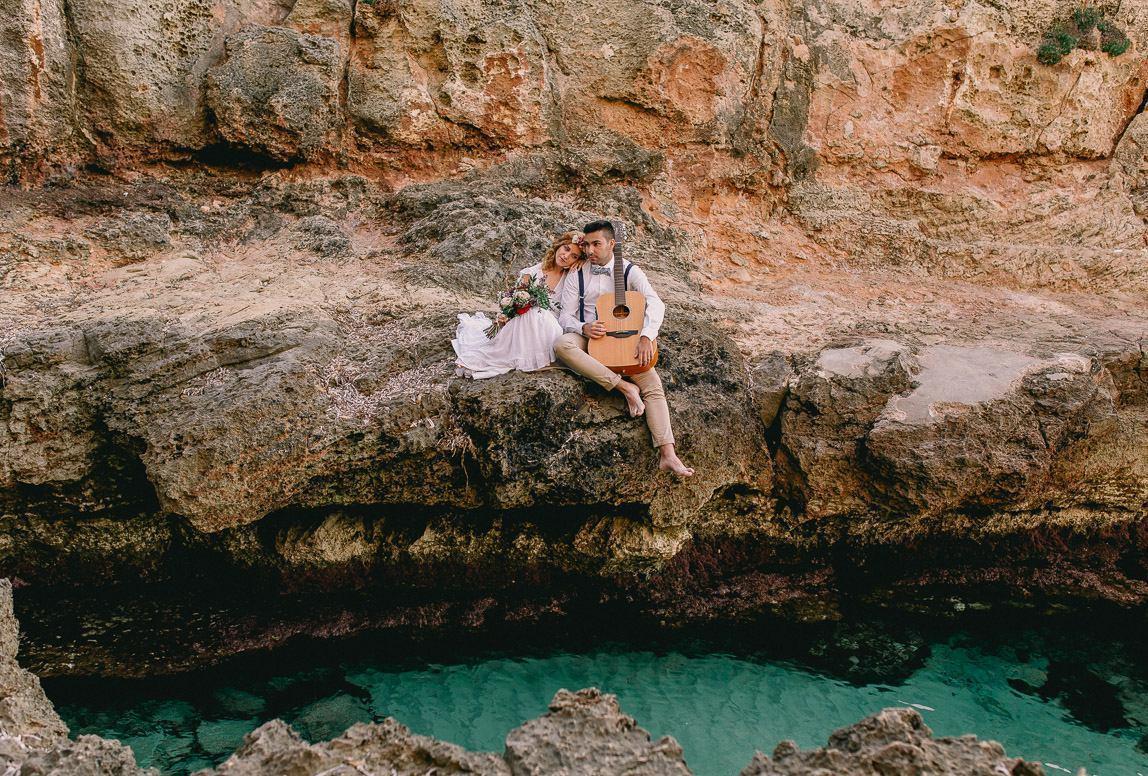 Foto von Brautpaar bei After Wedding Shooting am Meer auf Mallorca